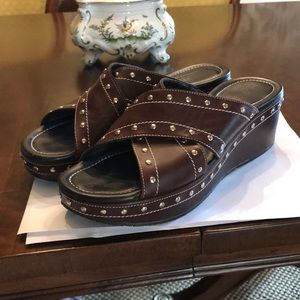 Donald J Pliner Brown Platform sandal
